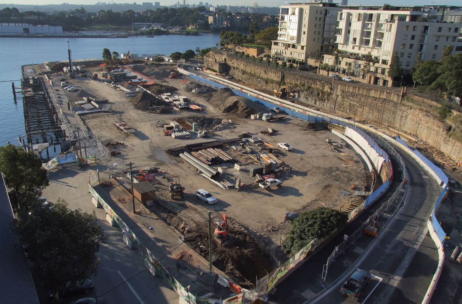 Pirrama Park under construction 2008. (Paul Patterson / City of Sydney)